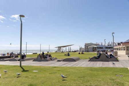Henley Square - Henley Beach